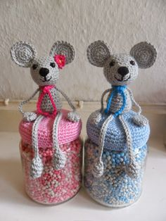 Hester's Creaties: haak creaties Crochet Cozy, Crochet Mouse, Diy Crochet, Crochet Crafts, Crochet Projects, Crochet Animal Patterns, Stuffed Animal Patterns, Amigurumi Patterns, Crochet Jar Covers