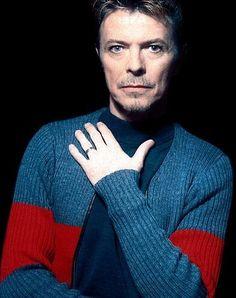 David Bowie, 1995. Photo by Renaud Monfourny.