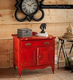 A POP OF RED (Antique Wash Stand) - Chalk Paint® decorative Paint by Annie Sloan - Emperor's Silk Red.