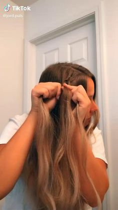 Sporty Hairstyles, Easy Hairstyles For Long Hair, Teen Hairstyles, Basic Hairstyles, Beach Hairstyles, School Hairstyles, Medium Hair Styles, Curly Hair Styles, Hair Upstyles
