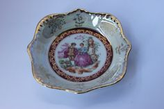 Lustre style dish courting couple lady & her by redrococogarden