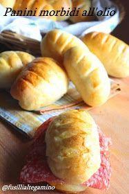 La ricetta di questi panini è di Veronica , una blogger a memolto vicina: pochi chilometri ci separano ma ancora non siamo riuscite...