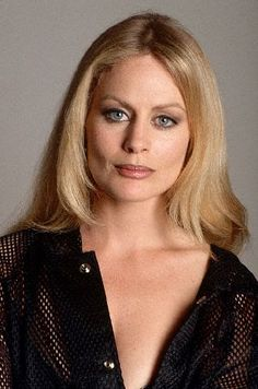 Beverly d angelo photo 49