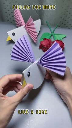 Easy Crafts With Paper, Easy Crafts For Teens, Hand Crafts For Kids, Paper Folding Crafts, Easy Arts And Crafts, Crafts For Seniors, Simple Crafts, Simple Art, Activities For 6 Year Olds