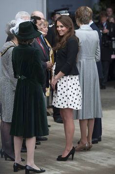 Kate working it in polka dots while on the Harry Potter Studio tour