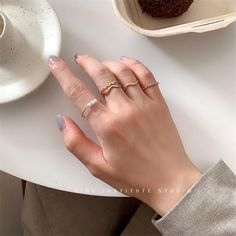 Temperament Geometric Round Pearl Ring – klozetstyle.com Latest Fashion For Women, Latest Fashion Trends, Shoppable Instagram, Pearl Ring, Types Of Metal, Trendy Outfits, Jewelry Watches, Stylists, Fine Jewelry