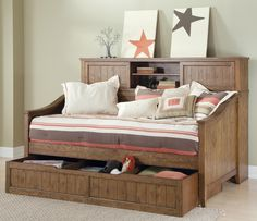 Furniture. Rustic Daybed With Trundle With  Wooden Material Ergonomic Pillows Mattress And Rug