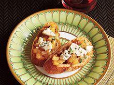 Apple-Blue Cheese Chutney