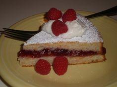 Lemon Cake with Raspberry Jam
