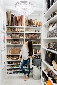 When you are thinking about redoing your home, one aspect that you should carefully consider redoing is the closet. The problem is you may not know the benefits of using the dream closets designs to Closet Tour, Walk In Closet, Closet Space, Bag Closet, Closet Bedroom, Room Decor Bedroom, Diy Room Decor, Home Decor, Wardrobe Room