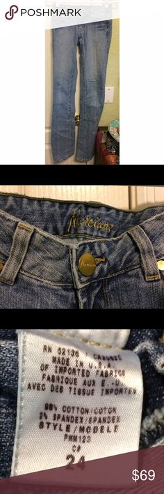 Marciano Straight Skinny Jeans size 24/00/XXS Marciano is the upscale parent company to Guess Jeans. Marciano jeans retail for upwards of $200. These are European size 24, which is comparable to 00-0 (extra extra small) in American sizing, in a very straight, skinny cut of light wash denim (not jeggings). Marciano Pants Skinny