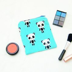 Cute coin purse with kawaii pandas, gift for wildlife lover, harajuku style purse Harajuku Fashion 👘 Harajuku Makeup, Harajuku Fashion, Harajuku Style, Cartoon Panda, Cute Cartoon, Cute Coin Purse, Panda Gifts, Light Blue Background, Last Minute Gifts