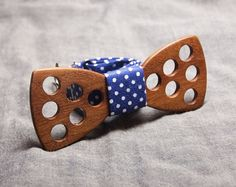 Wood Bow Tie - Wooden Bow Tie / Boys Bowtie. Unique Wood Bowtie. Wooden Bowtie - Mens Bow Tie. Hand Made - Personal Gift. Men Accessory