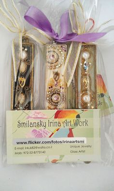 NEW Mezuzah ,Best gift for you, your family and your friend.      This beautiful Mezuzah Handmade by the Irina Smilansky.   the setting is made from Metal plated and is decorated whis Swarovski crystal , metal , stone , brass, gold, silver, beades..