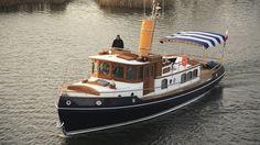 Classic motor yacht / wheelhouse / steel / displacement - CLASSIC 58 - CONRAD S.A.