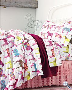 horse bedding =) perfect for Emmas new room