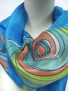 Foular ,de seda pintada a mano.  Silk scarf hand painted