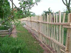 Half round picket fence