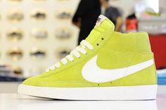 Nike Blazer High Retro Suede aka Golden Sunshine