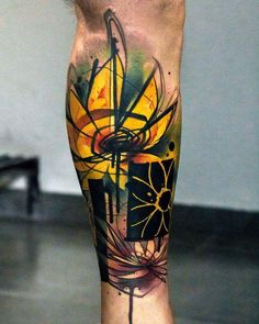 24 Best Sunflower Tattoos Designs - Bafbouf Watercolor Sunflower Tattoo, Sunflower Tattoos, Sunflower Tattoo Design, Watercolor Tattoos, Cover Up Tattoos, Leg Tattoos, Body Art Tattoos, Sleeve Tattoos, Tattoo Neck