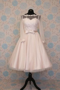 1622 vintage short wedding dress knee tea calf length blush champagne tulle with lace low back