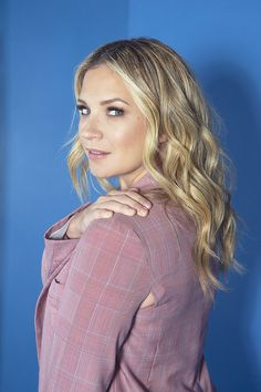 Hollywood Life, Hollywood Actresses, Vanessa Ray Blue Bloods, I Love Girls, Pretty Little Liars, Beautiful Women, Ruffle Blouse, Actors, Female