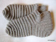 Venäjäksi parikkalalaisittain ja sukkien pesua - Russian Stitch à la Parikkala style, and washing socks