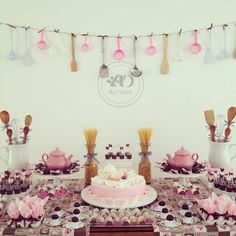 Ideas For Kitchen Decor Pink Inspiration Bride Shower, Baby Shower, Party Decoration, Table Decorations, Centerpieces, Kitchen Shower, Pizza Party, Cool Kitchens, Party Time