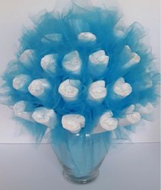 Turquoise Diaper Bouquet – baby shower decorations – baby shower ideas – baby shower centerpieces – new mom gift – unique new baby gift Windel Bouquet Babyparty Dekorationen Babyparty Ideen Diy Shower, Baby Shower Fun, Baby Shower Favors, Tiffany Baby Shower Ideas, Boy Baby Showers, Diaper Shower, Diaper Bouquet, Gift Bouquet, Baby Bouquet