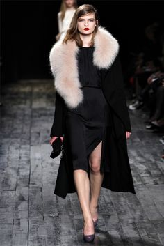 16. nina ricci ; Fur stole similar to stole seen on the byzantine seen in the early middle ages.