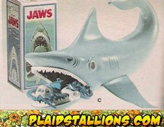 remember this?  you had to fish the junk out of his jaws before they snapped closed on you. yet another sadistic childs toy that caused ongoing nightmares. haha