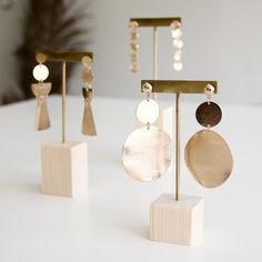 MAKK DESIGN | Porte bijoux bois Présentoir à bijoux -   - #barsjewelry #Bijoux #bois #design #jewelrydisplay #jewelrynecklace #jewelrytrends #MAKK #porte #presentoir
