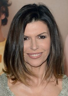 Finola Hughes shoulder-length hair - ombre for old chicks ;-)