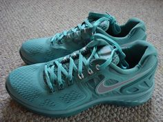 NEW NIKE LUNARECLIPSE 4 lunar eclipse SHOES WOMENS sz 9.5 DIFFUSED JADE GREEN