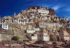 3N/4D Ladakh Luxury Tour with Chamba Camps – Discover a world stuck in time, Explore the magic of Ladakh in Luxury and Style! Luxury Tours India – Tailor made holidays in India #chambacampsladakh #ladakhtourwithchambacamps http://luxurytoursindia.in/3n-4d-ladakh-luxury-tour-with-chamba-camps/