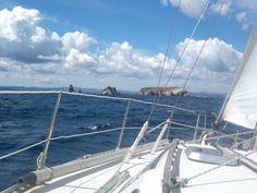 Les iles Medes sur babord