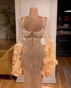 Pretty Prom Dresses, Glam Dresses, Event Dresses, Stunning Dresses, Beautiful Gowns, Nice Dresses, Fashion Dresses, Elegantes Outfit, Prom Outfits