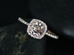 Barra Petite Größe 14kt Rose Gold Morganit und Diamanten-Kissen-Halo als Verlobungsring (andere Metalle und Steine Optionen verfügbar)