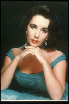 Elizabeth Taylor See Thru | Elizabeth Taylor: Raven Haired Beauty Of The Silver Screen