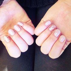 Rose glitter nails for the holidaze.