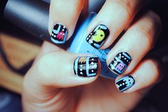 You kinda need nail art pens to make this design work well but it can turn out great