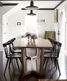 modern craftsman. love the table & chairs.