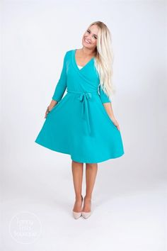 We can't get enough of these wrap dresses, flattering on any body type and perfect for summer! #winwin