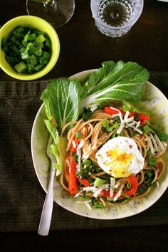 On busy weeknights it helps to keep dinner simple. Just 10 ingredients in this Spaghetti with Bok Choy and Poached Egg.