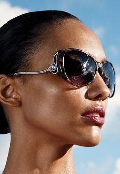 A touch of calligraphic flourish. #robertocavalli #sunglasses