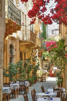 So charming ~ a quaint little alleyway in the French Riviera... | French Charmed ᘡղbᘠ