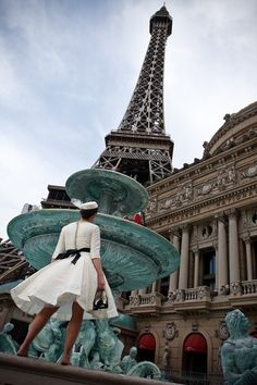 I will be here one day and with a faboulous dress like her!