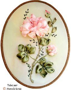 Tubes broderie florale aux rubans