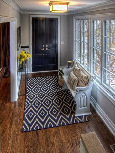 Entry-- Love the rug