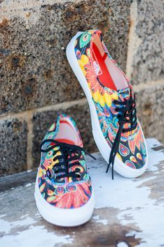 6a6a5a878cdb3 Vans Authentic Give A Hoot Girls Lace Up Canvas Shoes   Vans   Shoes, Vans  shoes, Vans girls